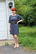 navy striped faded glory dress - gold vintage necklace