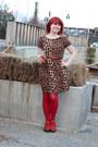 Light-brown-leopard-print-boohoo-dress-red-nylon-kmart-tights