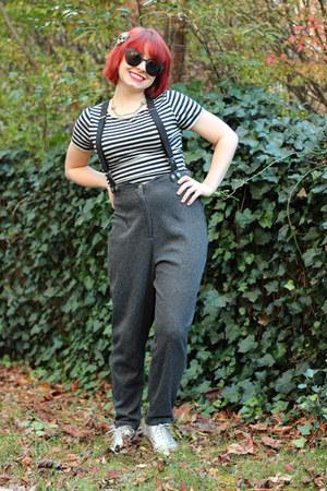 silver oxfords Sam & Libby shoes - black polka dot papaya sunglasses