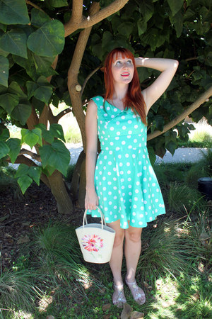 aquamarine polka dot modcloth dress - straw floral Lulu Guinness purse
