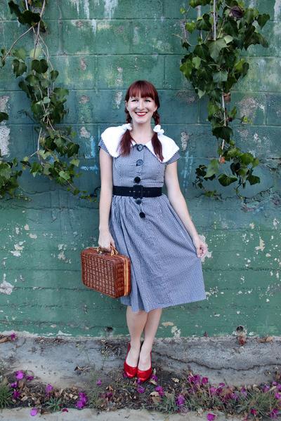 gingham vintage dress - basket thrifted bag - red sequin Cole Haan heels