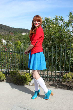 Bali ELF boots - modcloth dress - vintage blazer