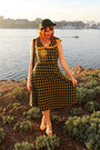 Modcloth-dress-vintage-hat-bait-heels