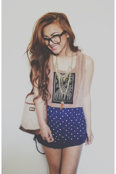 gold gold spiked H&M necklace - NA shorts - camel velvet crop top NA top