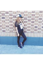 black 5 panel DimepieceLA hat - black Walmart leggings - black DimepieceLA top