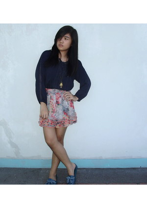 blue flats - blouse - floral skirt - necklace