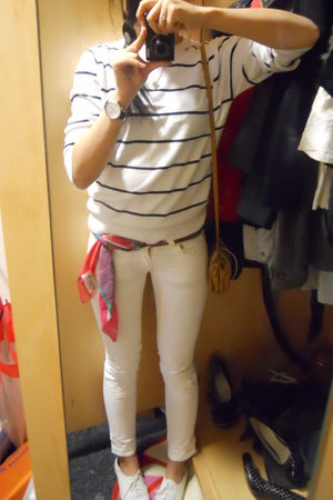 white H&M sweater - white Evisu jeans - red unknown scarf - white Sechelles shoe