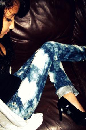 white American Eagle cardigan - black Forever 21 shirt - blue So  DIY jeans - bl