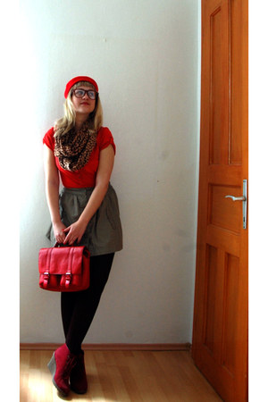 red beret vintage hat - red H&M shirt - leopard print H&M scarf - red H&M bag