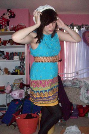blue dress - black - brown - white - red - yellow