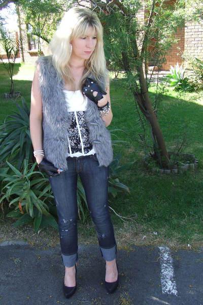 gray faur fur- Foschini vest - white black and white lace corset - Foschini top