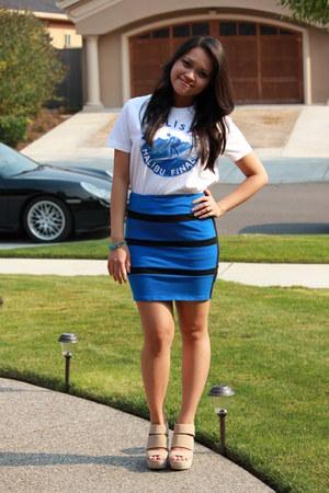 blue bandage American Rag skirt - white white tee hollister t-shirt