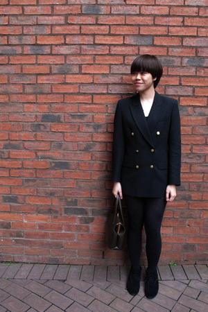 vintage blazer - H&M stockings - H&M boots - Vintage leather purse