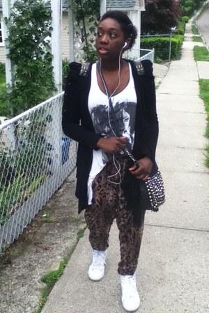 black studded bag bag - brown leopard print H&M pants