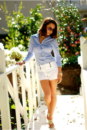 white Charlotte Russe shorts - periwinkle H&M shirt - gold Sofft sandals
