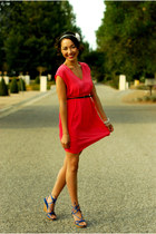hot pink H&M dress - blue Nine West wedges