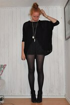 Topshop blouse - GINA TRICOT shorts - H&M tights - tiamo boots - H&M necklace -