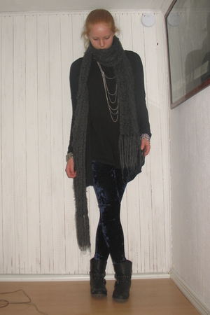 black GINA TRICOT cardigan - black H&M dress - gray H&M scarf - blue BikBok legg