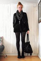 black scarf - black t-shirt - black jacket - black shorts - black tights - black