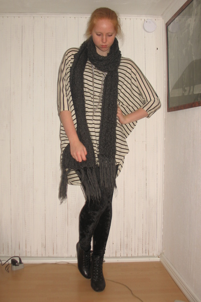 beige weekday dress - black Monki leggings - gray H&M scarf - black Din Sko shoe