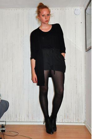 black H&M t-shirt - black GINA TRICOT cardigan - black GINA TRICOT shorts - blac
