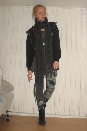 black Din Sko boots - green Monki leggings - gray Jam Jeans dress - black GINA T