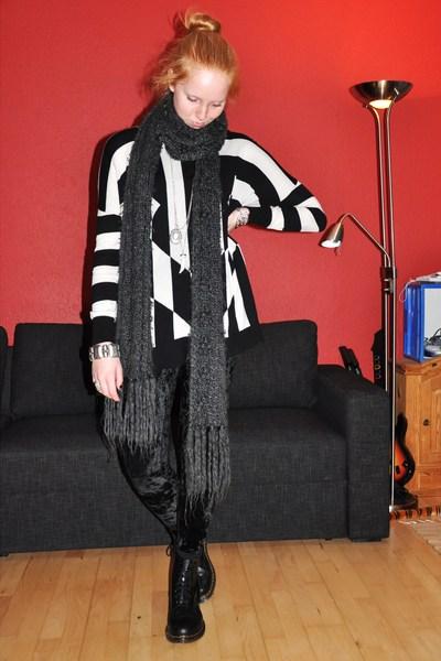 black H&M Trend dress - black Monki leggings - black Dr Martens boots - gray H&M