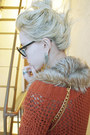 Salmon-net-h-m-sweater-light-brown-fur-and-chain-diy-scarf-black-prescriptio