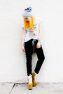 Camel-unif-shoes-black-vintage-pants-white-star-trek-vintage-t-shirt