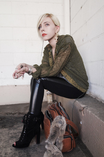 black GET pants - black peep toe sam edelman boots - tawny vintage bag