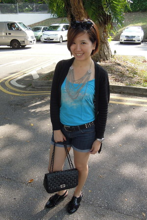 sky blue top - navy shorts - black cardigan