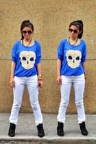 jittered skull Splash top - white skinny Zara jeans - sneaker Kangaroos wedges