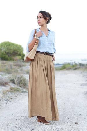 pull&bear boots - BLANCO bag - Shana skirt - Stradivarius blouse