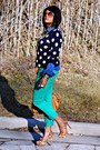 Green-colored-city-streets-jeans-navy-polka-dot-old-navy-sweater