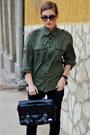 Black-stradivarius-shoes-army-green-boyfriend-shirt-soliver-shirt