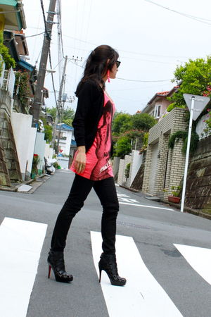 orange Spiral girl top - black Kill City pants - black Christian Louboutin Nitoi