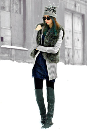 charcoal gray faux fur DIY vest - dark green over the knee boots