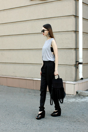 Ray Ban sunglasses - asos top - H&M vest