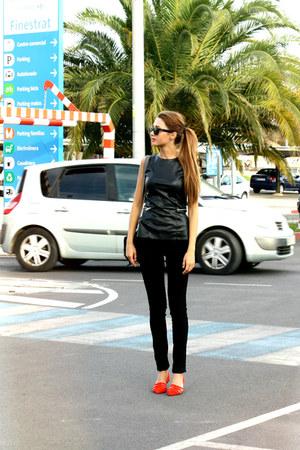 Ray Ban sunglasses - Zara vest