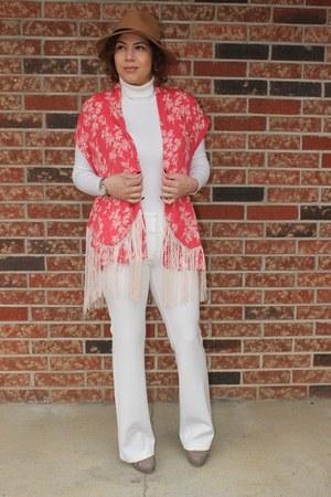 Aldo shoes - Forever 21 sweater - Charlotte Russe pants - Mango vest