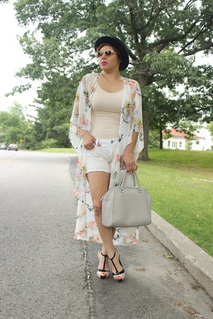 H&M bag - DIY shorts - francescas sunglasses - Guess sandals - Forever 21 cape