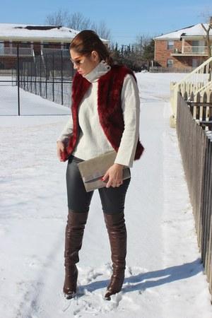 Aldo boots - Zara sweater - Aldo bag - American Eagle pants - Forever 21 vest