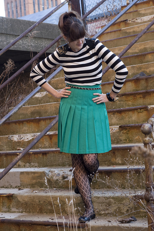 black Forever 21 shirt - green vintage skirt