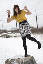 gold Target blouse - black Target skirt
