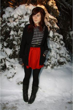 ruby red f21 skirt - black f21 sweater - black sweater