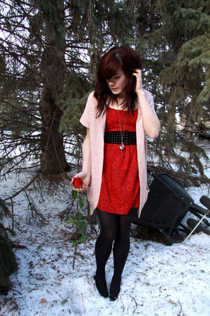 ruby red dress - light pink cardigan - black belt
