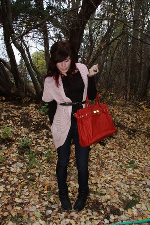pink cardigan - red bag - black shoes