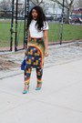 Givenchy-bag-asilio-top-midget-giraffe-pants-prada-pumps
