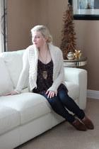 camel suede Aldo boots - ivory wool Urban Behaviour sweater