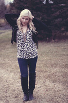 cream leopard print Dynamite top - black leather Steve Madden boots